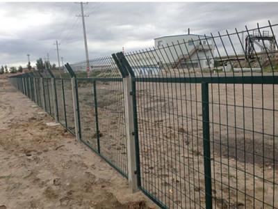 铁路道路护栏
